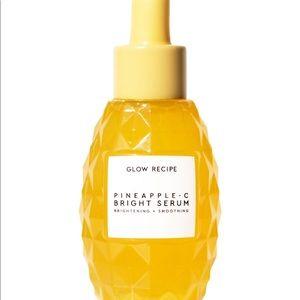 Glow Recipe Pineapple-C Brightening Serum